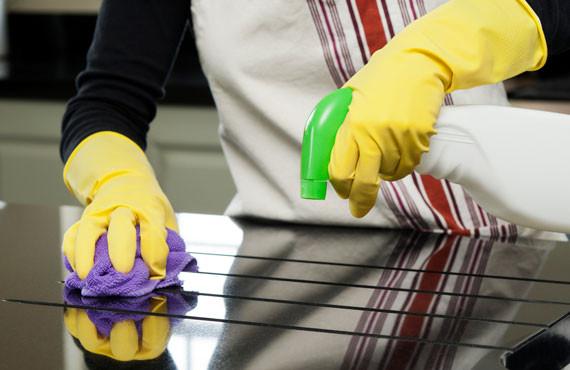 Зачем использовать профессиональные чистящие средства, а не обычные?